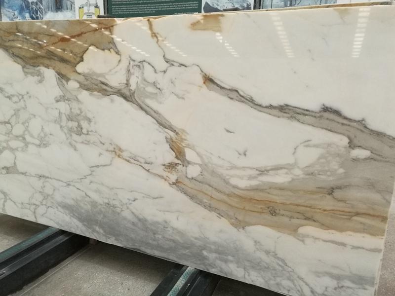 Calacatta Borghini Marble Table Tops
