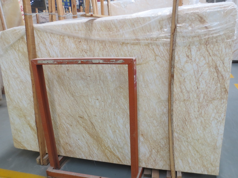 Drama Gold Marble