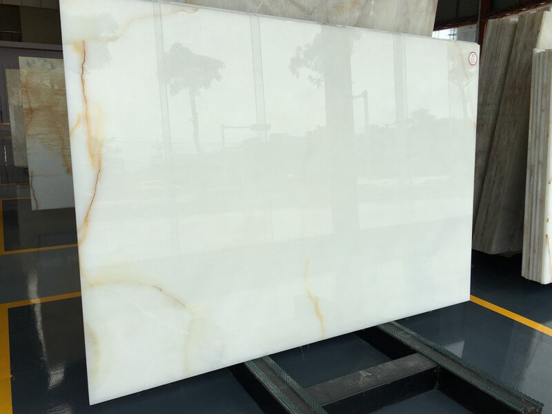 Backlit Snow White Onyx Countertops
